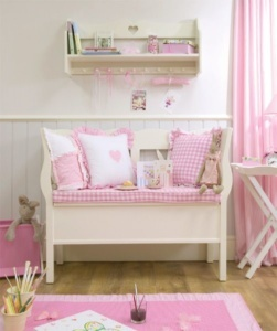 Jak zařídit malý dětský pokoj